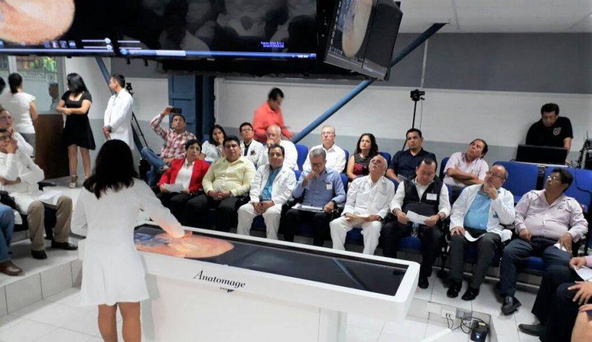 Inauguran aula de Anatomía de la Facultad de Medicina de la UAGro ...